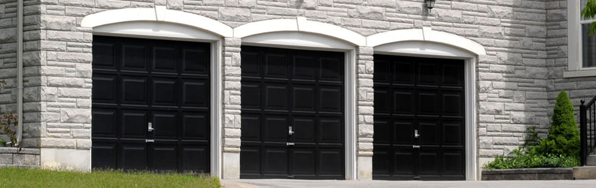 Neighborhood Garage Door Repair Service, Hugo, MN 651-319-5066
